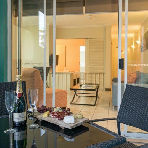 port-douglas-hotel-apartment-3